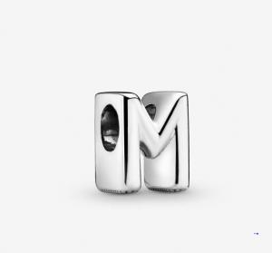 Charm dell'alfabeto Lettera M