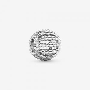 Charm openwork decorato con sfere
