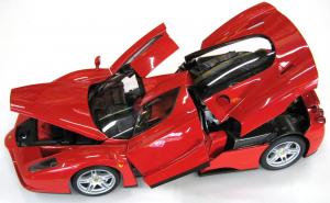 Ferrari Enzo Openable Rosso Scuderia 1/12