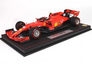 Ferrari SF90 F1 GP Australia 2019 Charles Leclerc With Case Pirelli Red 1/18