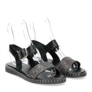 Il laccio sandalo in pelle nera con strass