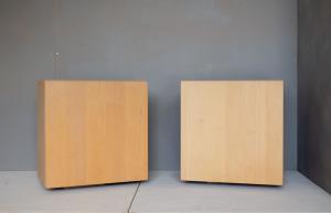 QBO - comodino in legno massello naturale
