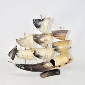 Oggetto Barca Fatta Con Le Corna