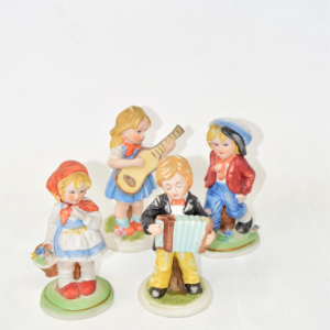 4 Statuine Di Bambini In Ceramica Capodimonte