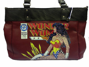 Borsa WONDER WOMAN love girl in finta pelle rosso e marrone 51x32
