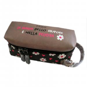 Beauty case Pandorine minipa' Dimensioni: 20x7x8 cm circa con chiusura a zip