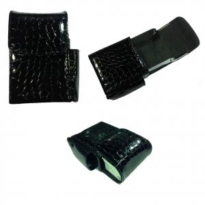 Portapacchetto sigarette con scomparto accendino in eco-pelle pitonato nero