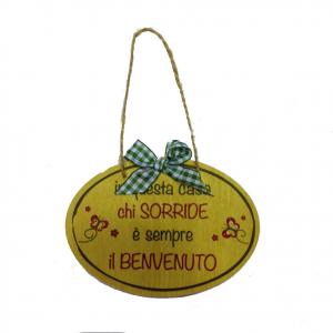 Targa in legno IN QUESTA CASA CHI SORRIDE... idea regalo simpatica 14X10 cm