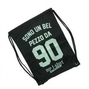 MY T-SHIRTS Sacca zaino coulisse tessuto nero SONO UN BEL PEZZO DA 90 44x32 cm