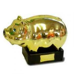 Trofeo salvadanaio a forma di porcellino cm L  28x h 18 con base da 5 cm