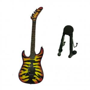 Miniatura chitarra TIGRATA in legno dipinto con base per appoggiare 25,5cm