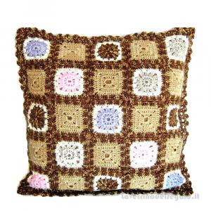 Cuscino granny square marrone sfumato ad uncinetto 40x40 cm Handmade - Italy