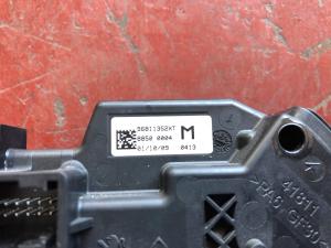 Selett. marce Citroen C4 Pic. 1.6 HDI 96811352XT