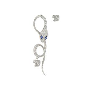 Monorecchino in oro bianco, diamanti e zaffiri blu
