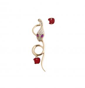 Monorecchino Malafemmina in oro rosa, diamanti, e rubini