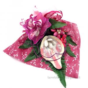 Decorazione floreale fucsia Fiori di confetti Sulmona 40x31x10 cm Handmade - Italy