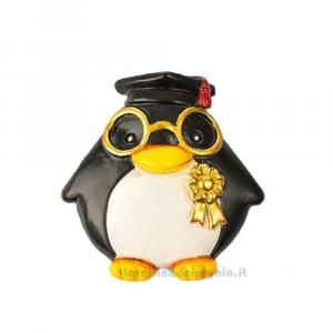 Magnete Pinguino con Tocco nero in resina 5 cm - Bomboniera laurea