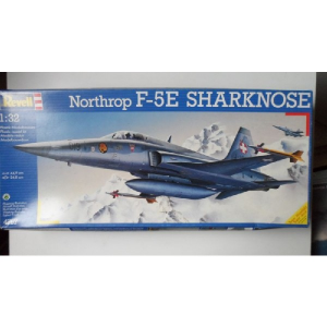 F-5E SHARKNOSE REVELL