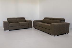 PROMO DEFOREST- Coppia divani in tessuto con poggiatesta regolabili 2 posti + 3 posti