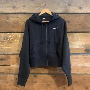 Felpa Nike Sportswear Essential con Cerniera e Cappuccio Nera