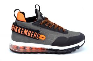 Transparenter Sneaker