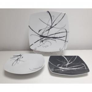 Confezione di Piatti Coordinati 19 Pezzi Per La Tavola Modello Ikela Blanc Colore Bianco Astratto con Grigio Rettangolare Smussato Casa Cucina