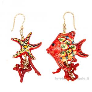 Orecchini pesce e stella marina rossa in ceramica di Caltagirone - Gioielli Siciliani