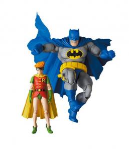 The Dark Knight Returns MAF EX Action Figures: Batman & Robin - ver. Blue