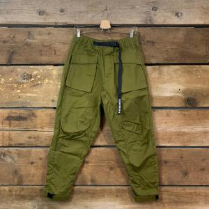 Pantalone Converse Paneled Jogger con Tasconi Verde Militare