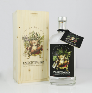Enlighting Gin Black Label 500 ml con scatola in legno