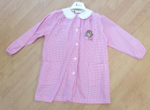 Grembiule asilo bimba 4 anni 104 cm con ricamo B scuola by Brigitte colore rosa quadretti bianco