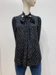 RINASCIMENTO CFC0099897 Camicia blusa scollo a V con fiocco fantasia fondo nero con pagliuzze oro