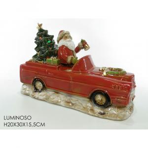 Babbo Natale In Auto Rossa Con Albero H20x30x15.5cm Ceramica