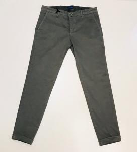 Pantalone grigio chiaro || Stakk & Co