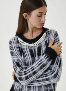LIU JO MAGLIERIA MF0158MA75I Maglia girocollo realizzata con morbidi filati in misto lana e alpaca