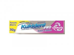 Kukident Pro Completo Classico Sapore Crema Adesiva 70g