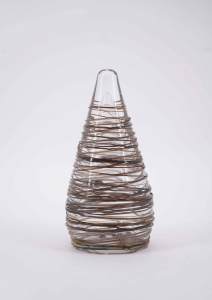 HAND-BLOWN CRYSTAL ORNAMENT WITH THE APPLICATION OF EXTERNAL DARK GRAY THREADS IN RELIEF