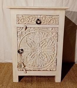 Comodino con 1 cassetto 1 anta intagliate in legno di palissandro indiano white wash linea