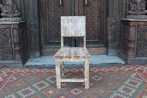 Sedia con schienale basso in legno di teak decapato