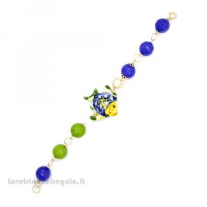 Bracciale con agata blu e verde con pesce in ceramica di Caltagirone - Gioielli Siciliani