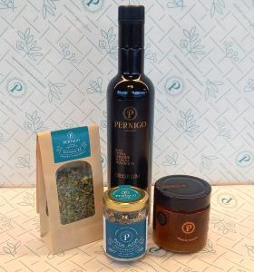 Borsa Bio- Olio EVO Deorum 0,5L, Sale aromatizzato, Tisana, Miele di Ciliegio 300g.