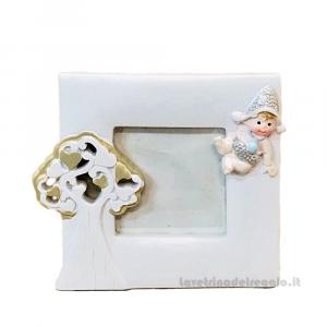 Portafoto con bimbo Celeste e Albero della Vita in resina 7.5x9 cm - Bomboniera battesimo bimbo
