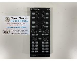 Native Instruments X1Mk1 usata