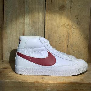Scarpa Nike Blazer Retro Bianca e Bordeaux