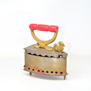 Iron Vintge Iron With Base,maniglia Red