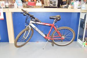 Bicycle Man Mirage Red Grey