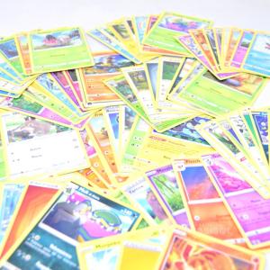 75 Cards Pokemon