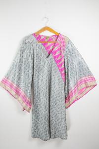 Vestito manica a kimono. Abbigliamento donna online