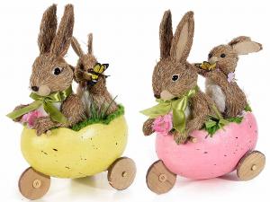Set 2 coppia conigli con cuccioli in fibra naturale nel triciclo a uovo