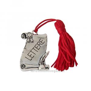 Ciondolo laureato in Lettere con nappina 4x3 cm - Decorazioni laurea
